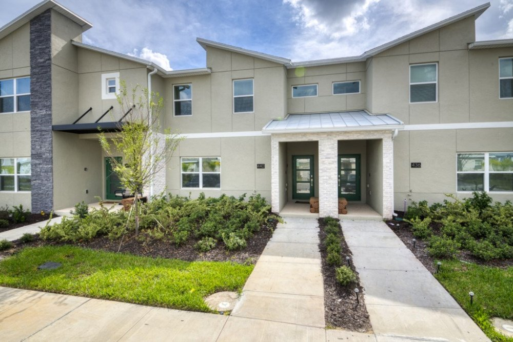 4 Bed 3.5 Bath Pool Townhome in the Championsgate Resort image